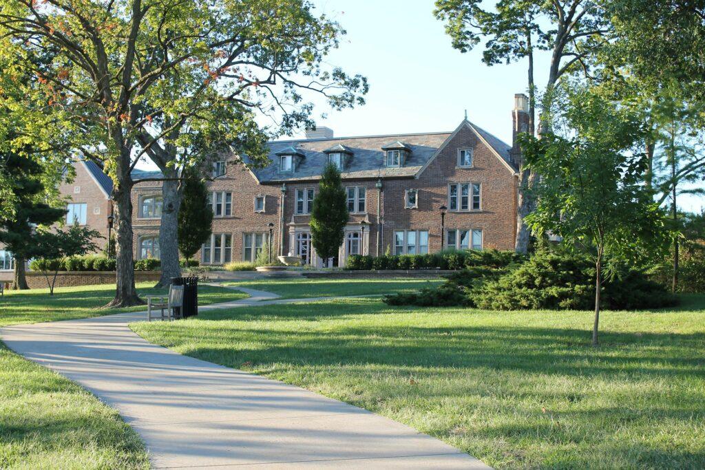 High School In Canada